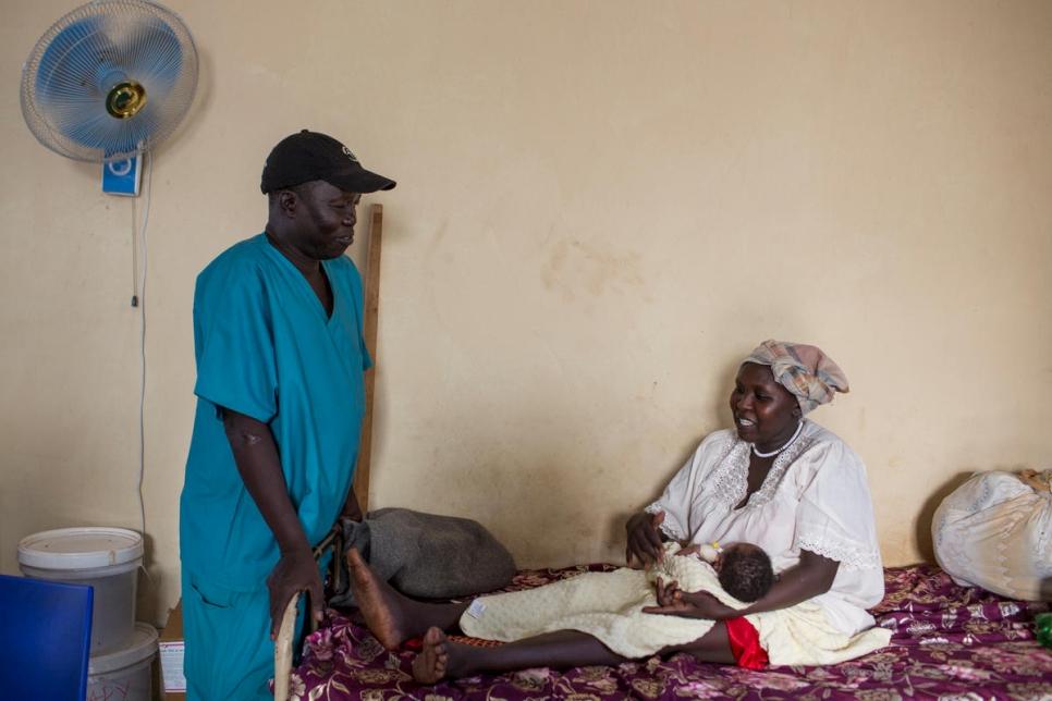 جراح من جنوب السودان يفوز بجائزة دولية لتقديمه خدمات طبية لآلاف اللاجئين