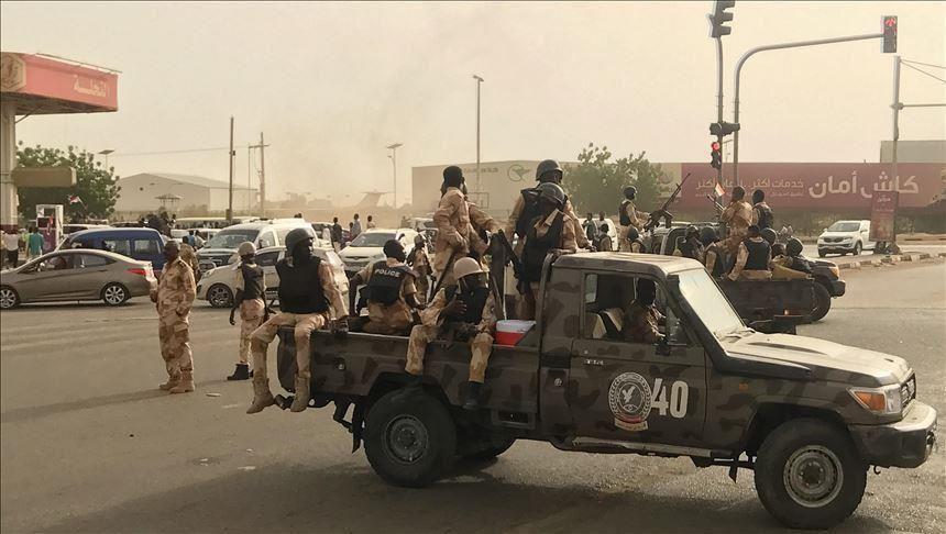 قوة من الجيش تم نشرها في شوارع الخرطوم